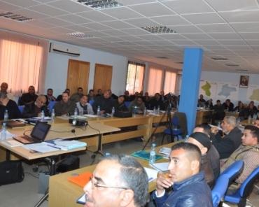 حاليا:حفل توقيع اتفاقية تعاون لتحسين الإدارة وتقوية الموارد البشرية في مراكش
