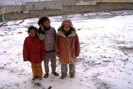 أمطار قوية بالعديد من مناطق المملكة، وثلوج على المُرتفعات