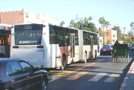 جودة الخدمات تضع شركات النقل الحضري بالمدن على كف عفريت