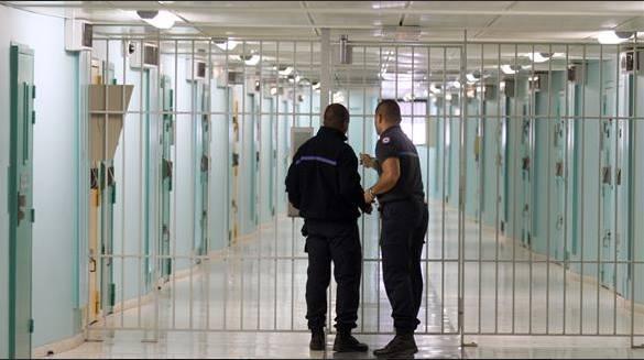"""سجن """"عين السبع 1"""" يُكذِّب إضراب نزيل عن الطعام"""