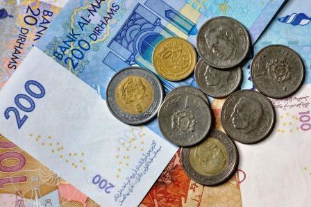 الدرهم يرتفع مقابل الأورو ويتراجع أمام الدولار