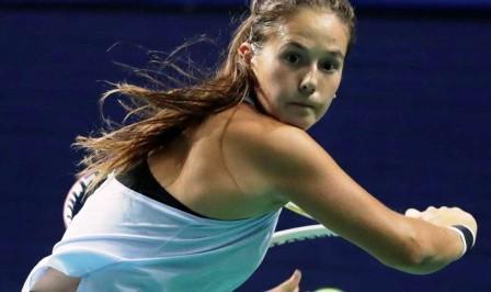 منافسات السبورة النهائية لكرة المضرب تنطلق برسم الجائزة الكبرى للأميرة للا مريم