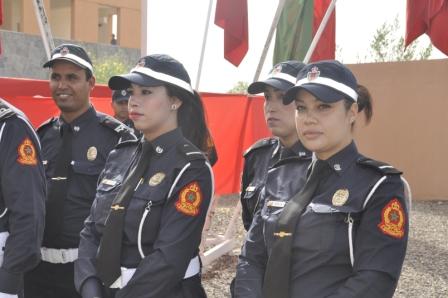 رجال أمن مراكش يقفون تقديرا لزميلاتهن في المهنة بعيدهن العالمي