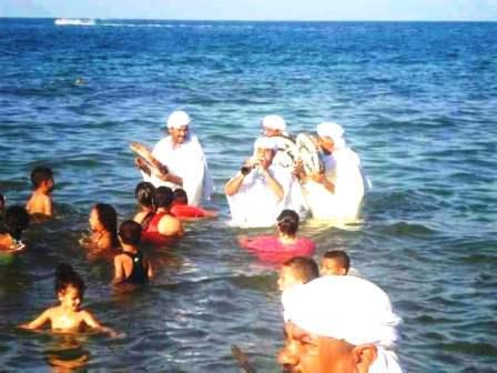 على خطوات مهرجان مراكش للفلكلور و وقع أمواج الشاطئ