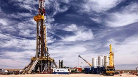 إنطلاق عمليات التنقيب عن الغاز الطبيعي في منطقة تندرارا