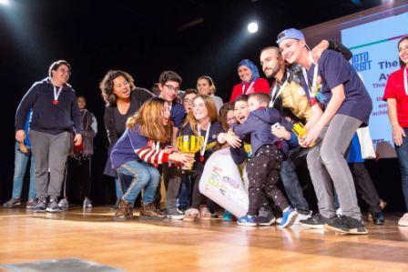 تلاميذ مغاربة يتأهلون لمنافسات دولية للروبوت