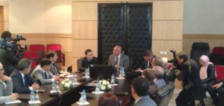 الخلفي يوقع إتفاقية مع جامعة القاضي عياض بمراكش من أجل القضية الوطنية