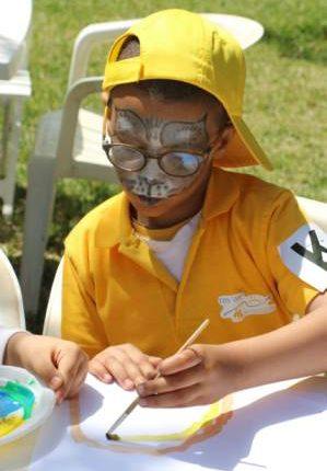 أطفال الكهربائيين يرسمون الابتسامة في أجواء صباحية بأكادير