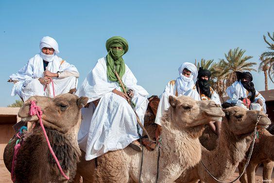 """""""قيمة التضامن في ثقافة الصحراء""""موضوع ندوة فكرية بالدخلة"""