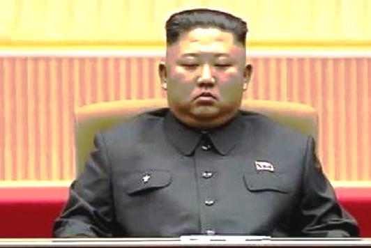 زعيم كوريا الشمالية يقوم بما أعدم بسببه أقرب مسؤوليه