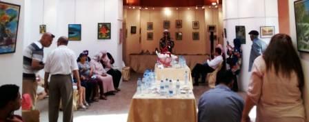 التشكيلي محمد الدقاقي يؤثث يعرض تجربته الفنية بمراكش