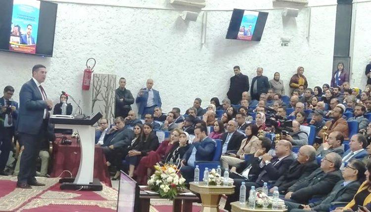 أمزازي يرفع راية المدرسة العمومية بجامعة القاضي عياض بمراكش