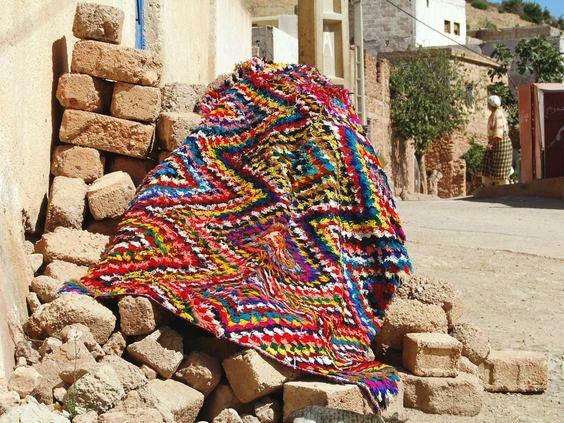 مغربيات يحاربن الفقر في أعالي الجبال بمنتوجات التعاونيات