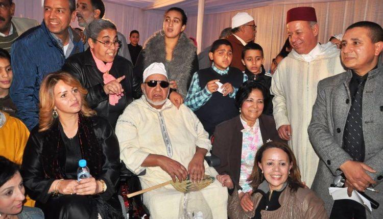 جثمان الفنان عبد الجبار لوزير يوارى الثرى بنظرات المئات من عشاقه في مراكش