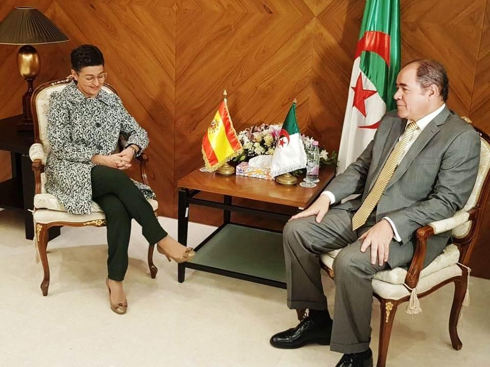 إسبانيا و الجزائر : علاقات و إجتماعات بطعم الغدر و روائح الخيانة و التواطئ