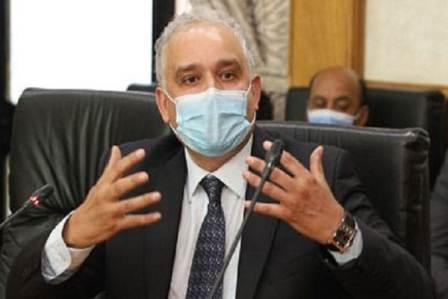 الاستعانة بالأطباء الأجانب ضرورة مستعجلة وإصلاح الممارسة الطبية